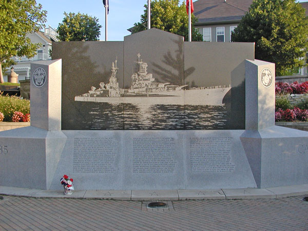 Memorial to USS Indianapolis
